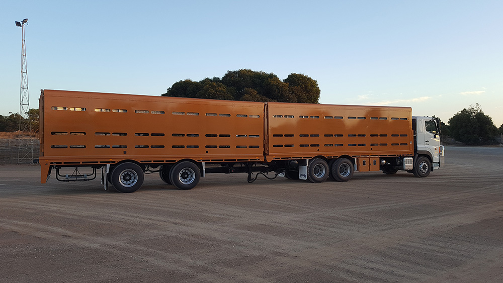 Arends Trailers 2 x 1 Convertible Aluminium crates. Steel truck, tray and trailer.